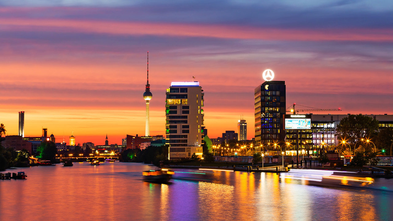 PIER 61 63 – BERLIN LIFESTYLE LIVING AT THE RIVER SPREE