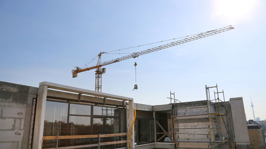 TOPPING-OUT CEREMONY PARAGON APARTMENTS